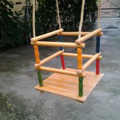 Leagan din lemn pentru copii