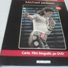 MICHAEL JACKSON BIOGRAFIC PE DVD+CARTE CHIPUL DIN OGLINDA SHOW COLLECTION - Muzica Pop