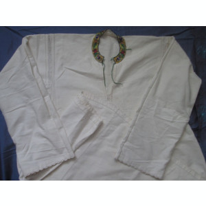 Camasa barbateasca de costum popular , autentica , Bucovina