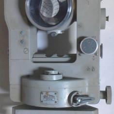 Un teodolit carl zeiss 010 defect pentru piese sau pentru reparat - Microscop