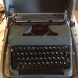 Masina mecanica de scris Olympia - Masina de scris