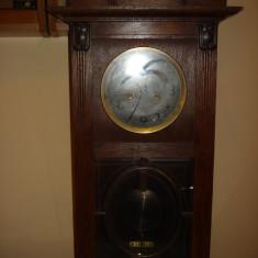 Ceas de perete cu pendul - Pendula