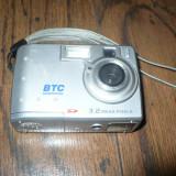 CAMERA FOTO BTC 3, 2 MEGAPIXELS, Sub 5 Mpx, Compacta, Tip AA (R6)