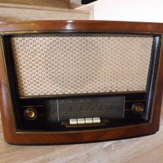 Aparat de radio de colectie, Victoria S- 571-A.Perioada R.P.R.Oferta!