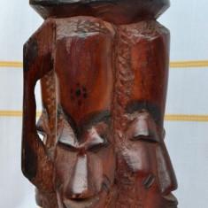 OBIECT DIN LEMN / SCRUMIERA MASIV(A) DINTR-O BUCATA, LUCRAT(A) MANUAL - AFRICA
