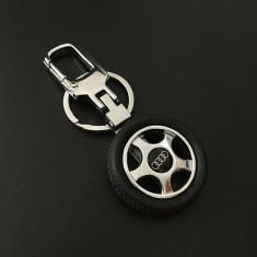 Breloc tema auto metal si detaliu cauciuc pentru audi + ambalaj cadou