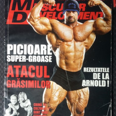 MUSCULAR DEVELOPMENT MAI 2006 - Revista barbati