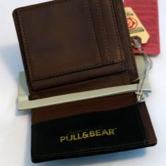 Portofel Pull&Bear - Portofel Dama Nike, Culoare: Din imagine, Cu fermoar