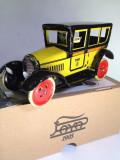 Miniatura din tabla cu cheita - Taxi Barcelona