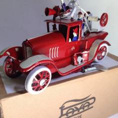 Miniatura din tabla cu cheita - Camion pompieri