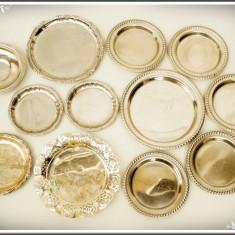 LOT 12 FARFURIOARE DIN INOX, DIFERITE MODELE ȘI MĂRIMI, MARCATE, TOATE - 0, 7 KG! - Metal/Fonta, Vase