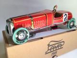 Miniatura din tabla cu cheita - Masina de curse