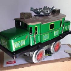 Miniatura din tabla cu cheita - Locomotiva