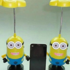 Lampa de veghe cu radio in forma de MINIONI