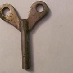GE - Cheie veche fier pentru ceas cu pendul pendula