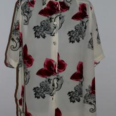BLUZA/CAMASA CU MANECA SCURTA, MODEL FLORAL MARIME XL (L18) - Camasa dama, Marime: 48, Culoare: Din imagine, Elegant, Poliester