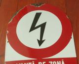 Indicator din tabla emailata - Limita de zona protejata / interzisa depasirea !