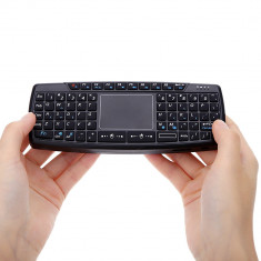 Mini tastatura wireless iluminata cu touchpad si laser cu acumulator pt Smart TV, Fara fir