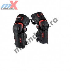 MXE Orteza genunchi Evs Rs8 culoare negru Cod Produs: RS8 - Protectii moto