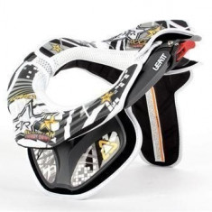 MXE Set abtibilde Leatt Brace, Rockstar, alb Cod Produs: LB30300AU - Stikere Moto