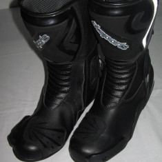 Cizme moto RKSPORT, culoare negre PP Cod Produs: MX5134