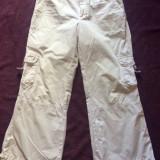 Pantaloni 3/4 dama ESPRIT, mas. 38 - Pantaloni dama Esprit, Culoare: Alb, Trei-sferturi, Bumbac