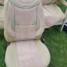 Huse auto de culoare crem inchis plusata cu inserti de piele perforata - Husa scaun auto