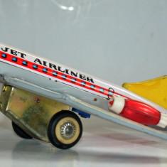 Jucarie veche din tabla Avion Jet Airliner MF 232 - ( incompleta) - Jucarie de colectie