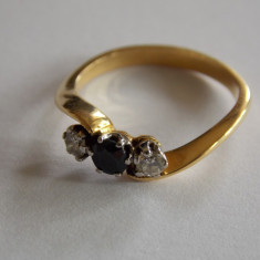 Inel de aur cu safir si diamante - 442