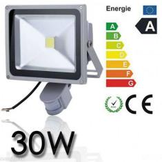 Proiector LED 30w echivalent 300w Senzor miscare Senzor lumina Exterior