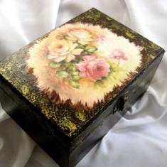 Cufar/Cutie de lemn 14988 - Cutie Bijuterii