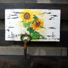 Cuier lemn cu floarea soarelui 6251
