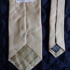 Cravata Giorgio Armani Made in Italy; 149 cm lungime; impecabila, ca noua, Culoare: Din imagine