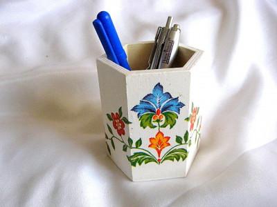 Suport creioane si pixuri 26384 foto