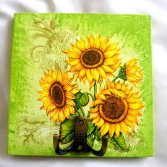 Cuier din lemn - floare soarelui - 25424