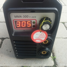 Invertor de sudura REDBO 300 Ah