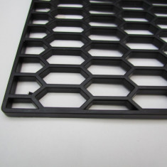 Plasa tuning plastic tip fagure 001 (gaura mare) - Plasa aluminiu tuning
