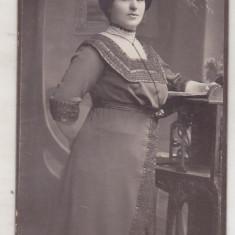 bnk foto Portret de doamna - A Brand Sucesor Ploesci Ploiesti