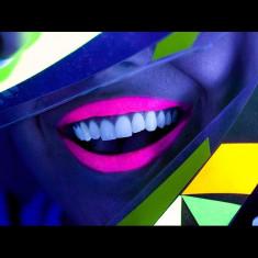 Ruj Neon fluorescent