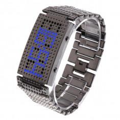 Ceas LED albastru matriceal pentru barbati