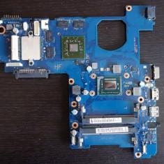 Placa de baza laptop SAMSUNG NP300E5V procesor i3 - nu se alimenteaza!, Altul, DDR 3, Contine procesor
