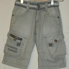 Pantaloni scurti copii - 4 ani, Marime: One size, Culoare: Din imagine