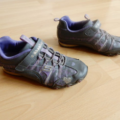 Adidasi Skechers piele; marime 35 (22 cm talpic interior); stare excelenta - Adidasi dama Skechers, Culoare: Din imagine