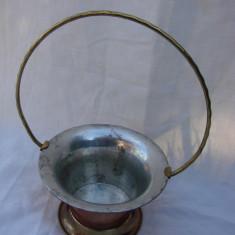 Vas decorativ din cupru cu maner din alama inscriptionat Dalagruppen - Arta din Metal