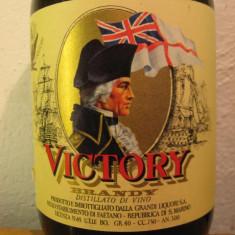 Brandy victory, mai vechi de 3 ani, cl. 75 gr 40 ani 70 italy - Cognac