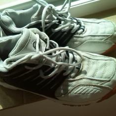 Adidasi barbati marimea 40 marca victory, Culoare: Alb