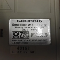 Radia cu ceas si Alarma Grundig Sonoclock24A - Aparat radio Grundig, Analog