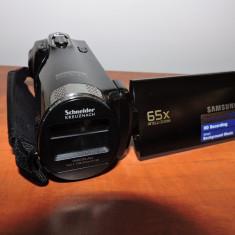 Camera video Samsung SMX-F70 HD - ca noua, Intre 2 si 3 inch, Card Memorie, CMOS, Peste 40x