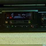MiniDisc Sony MDS-JA3ES telecomanda, poze reale