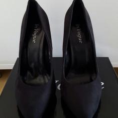 Pantofi cu toc In Vogue de club negri piele intoarsa - Pantof dama, Culoare: Negru, Marime: 36